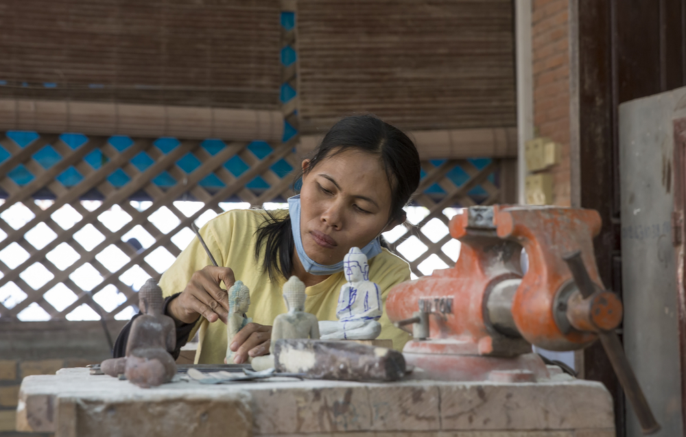 things to do in Siem Reap - visit artisans at work