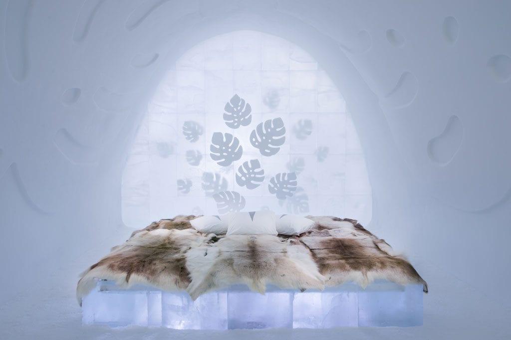 Art suite Monstera by Nina Kauppi & Johan Kauppi © Asaf Kliger