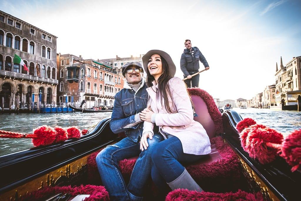 a trip on a Venetian gondola