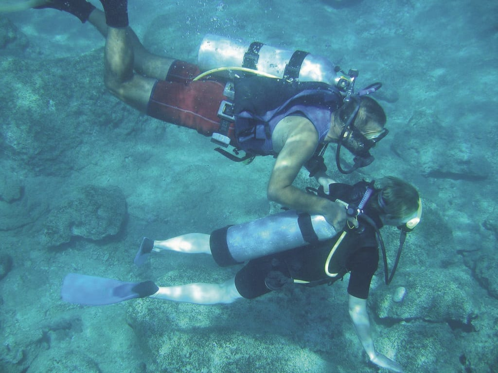 Discovering Costa Rica under water.