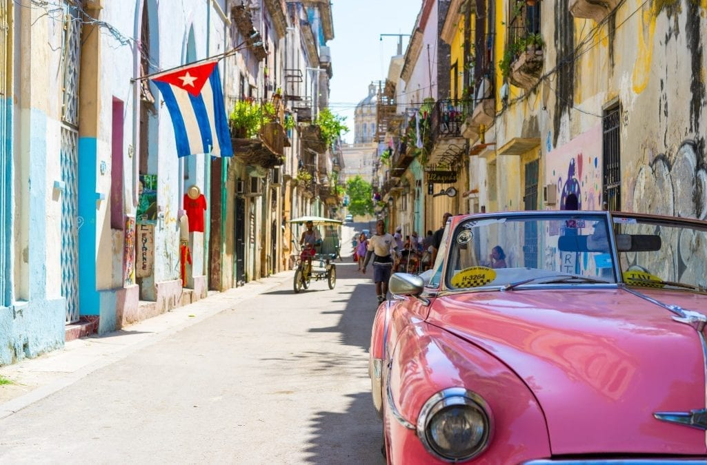 For Cuba Holidays: Think Santa Clara