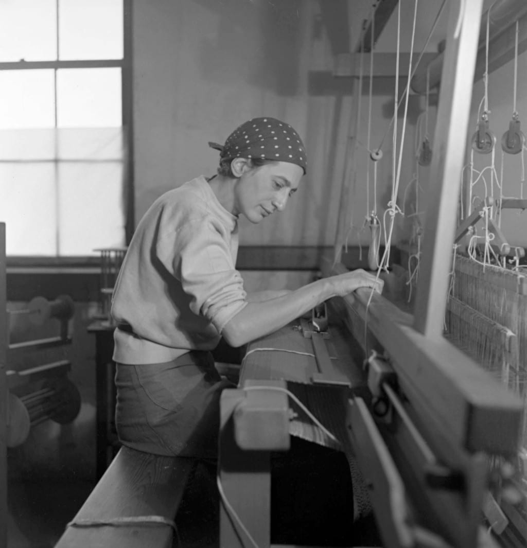 Anni Albers in her weaving studio at Black Mountain College 1937