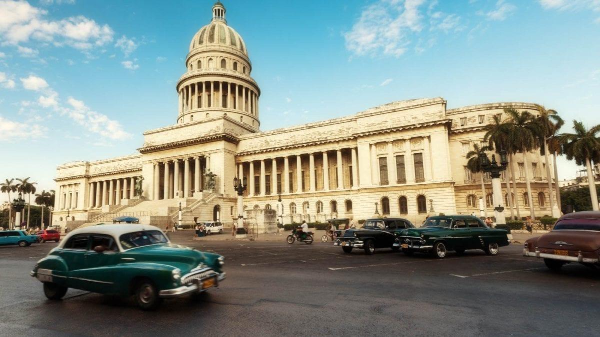 Fleewinter Lands in Cuba