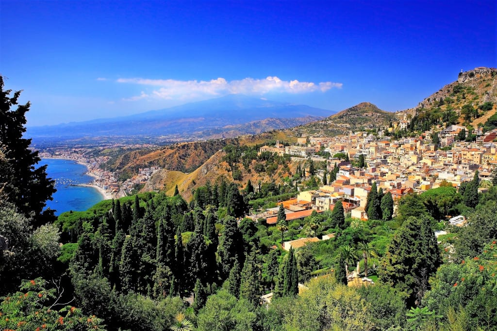 where to go in april Taormina, Sicily