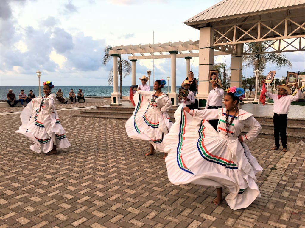 Dancers at La Ceiba Honduras