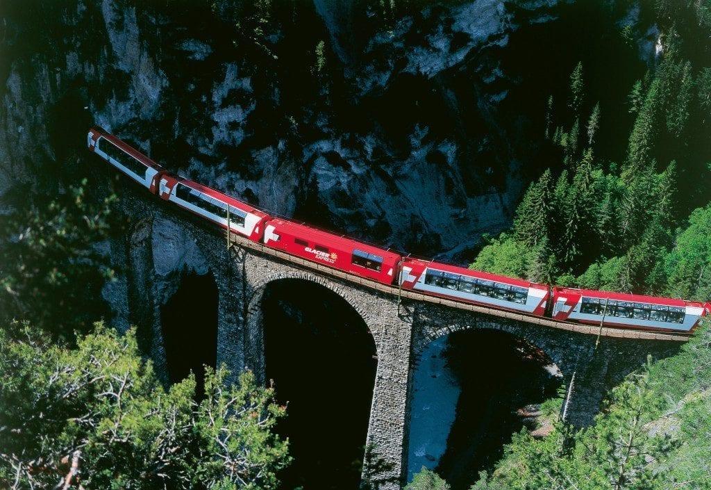 Best Travel Experiences : Glacier Express Railway