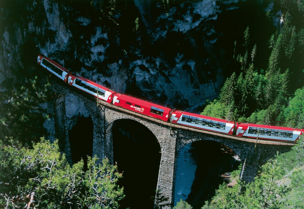 Best Travel Experiences : Glacier Express Railway