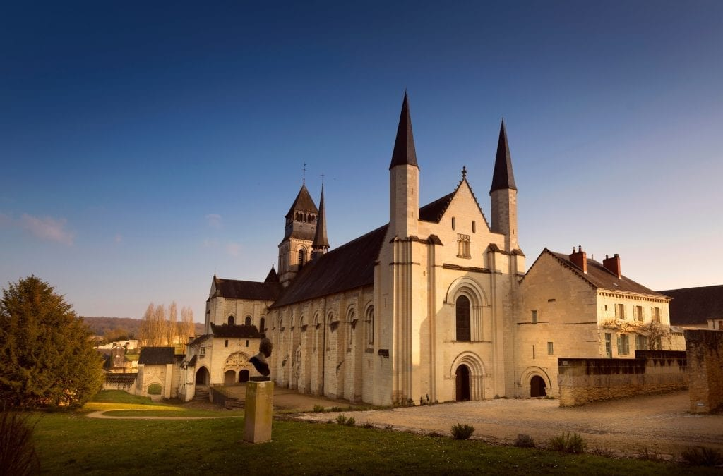 Fontevraud Abbey and a Night of Bubbles