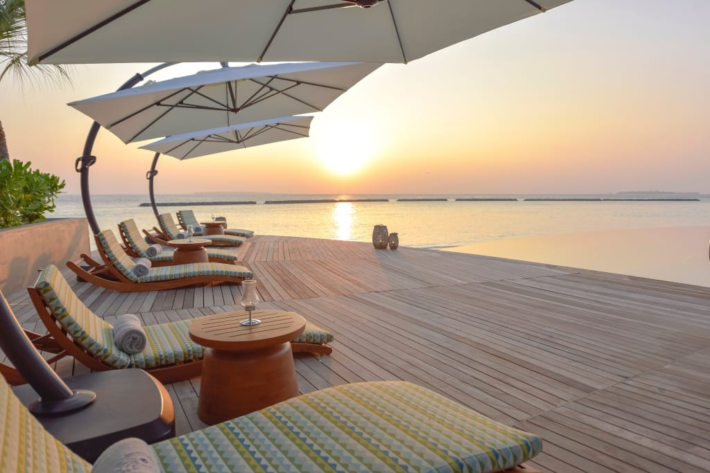 The Nautilus Maldives dining Naiboli pool bar (10)