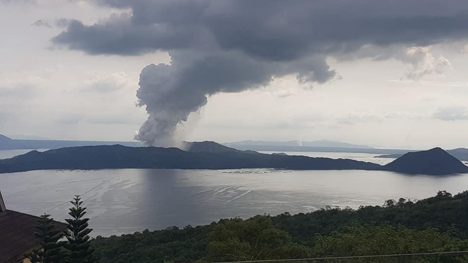 Philippines Volcano Eruption Fear Rises