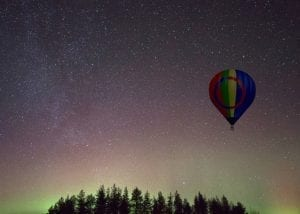 evening aurora and stargazing ballooning (1)