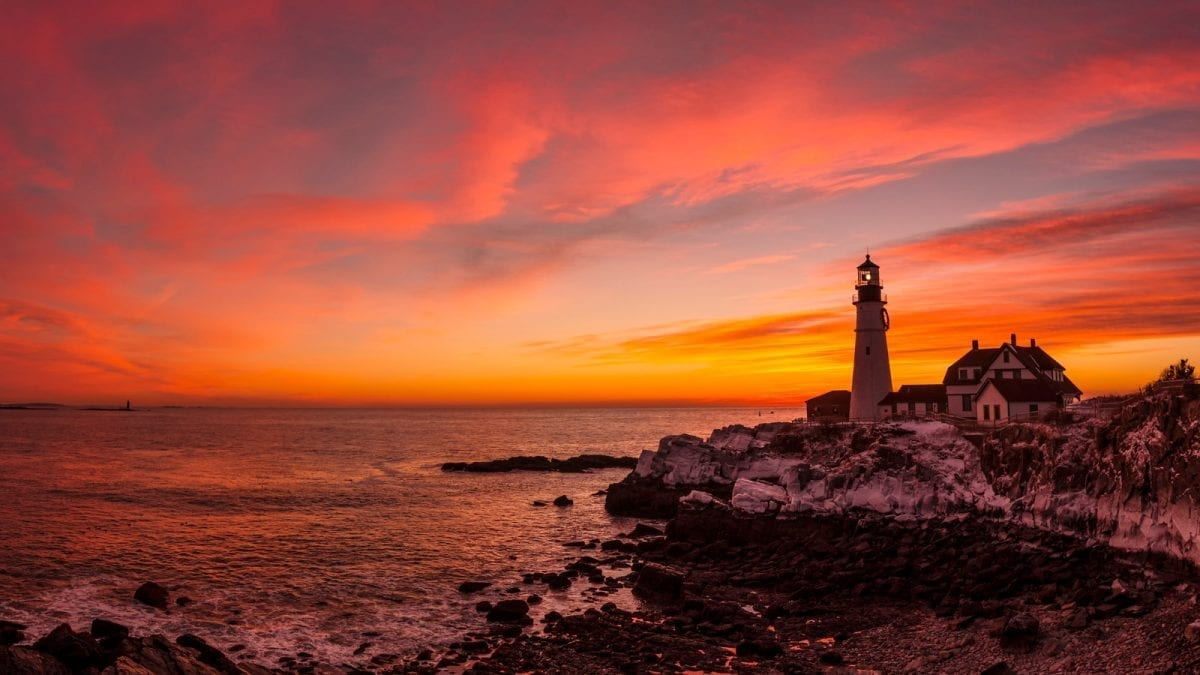 Hertz Adds Magical Lighthouses of Maine