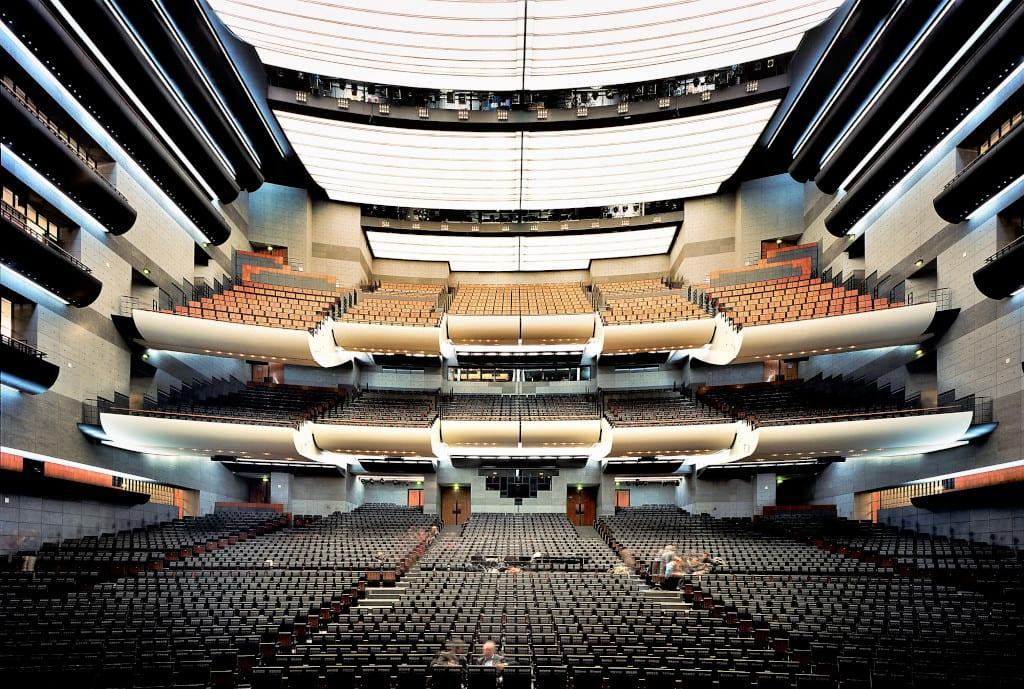 Opera national de Paris. Opera Bastille. La grande salle. Decembre 2012. ©Patrick Tourneboeuf/Tendance Floue/OnP