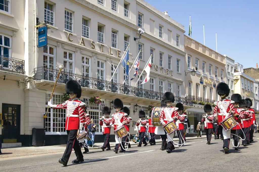 Castle Hotel - Queen's Guard