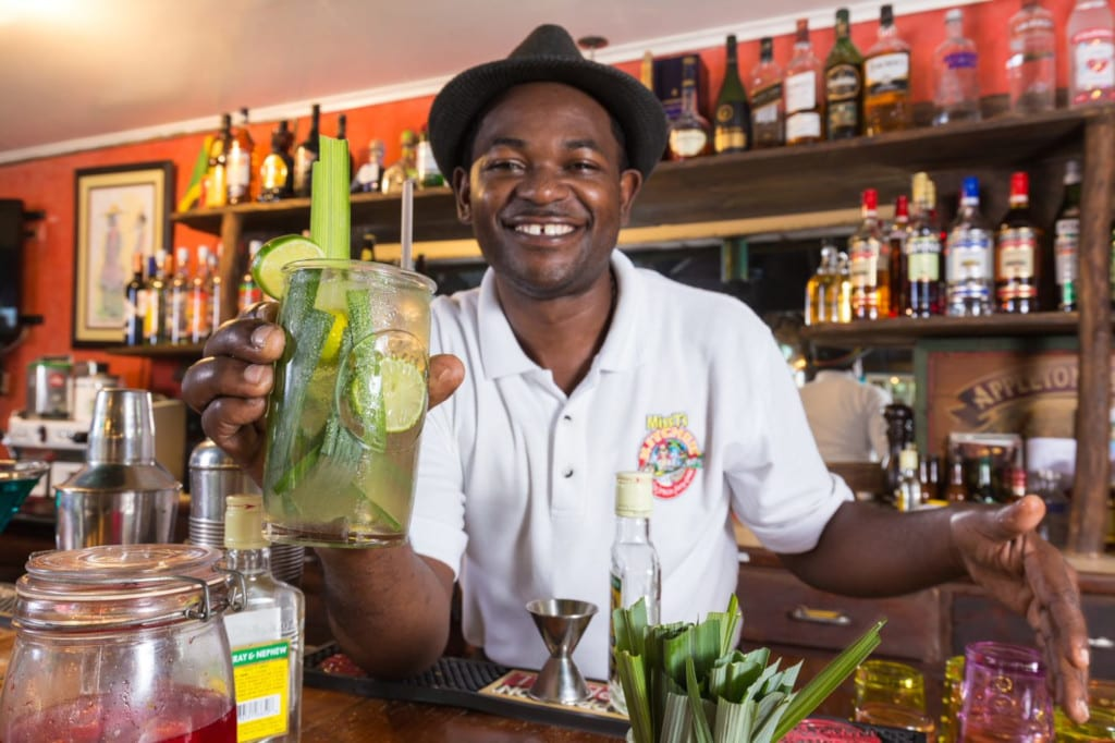 A friendly welcome and great cocktails on your Jamaica holidays