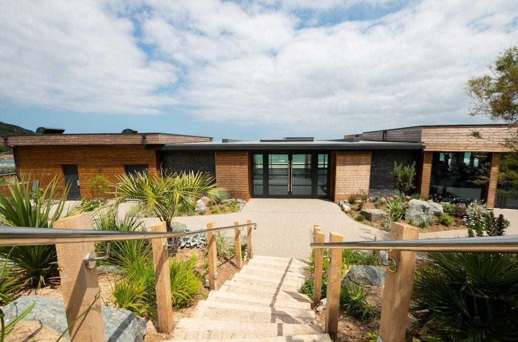 Luxury Eco-hotel Completed in Cornwall