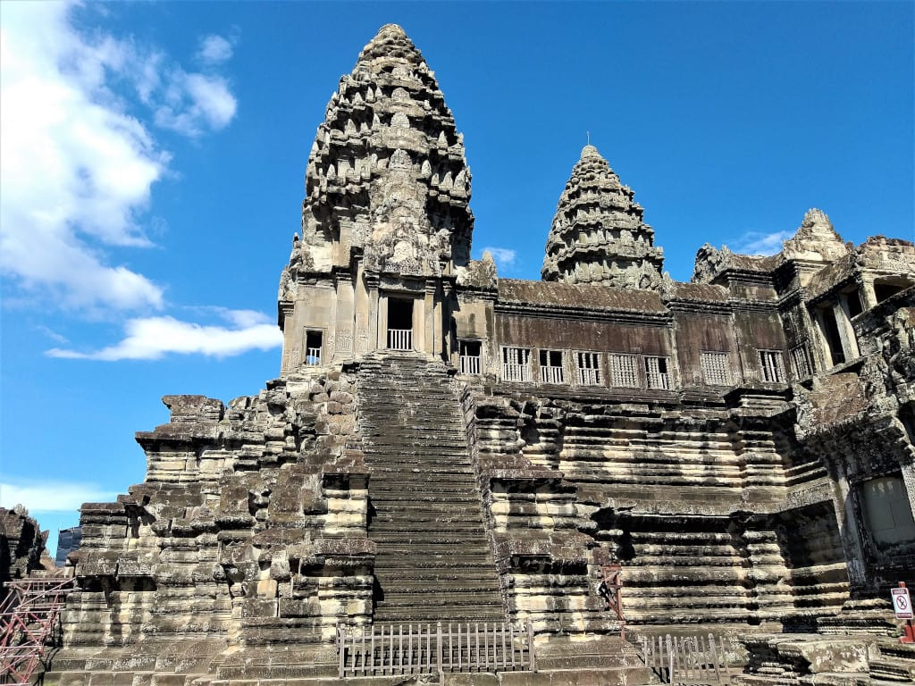 Majestic Angkor Wat devoid of tourists