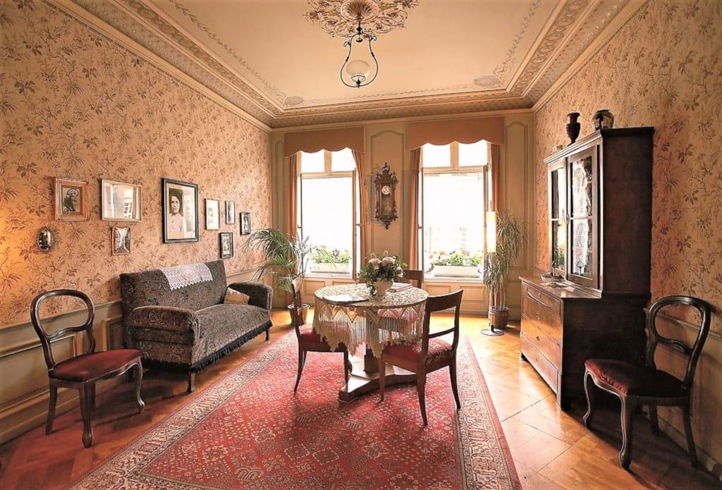 Inside Einstein's house