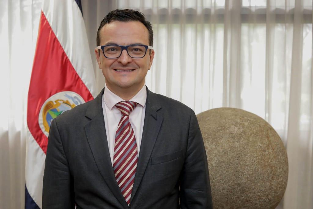 Gustavo Segura Sancho, Ministro de Turismo. Casa Presidencial, 8 julio 2020. Foto: Roberto Carlos Sánchez @rosanchezphoto