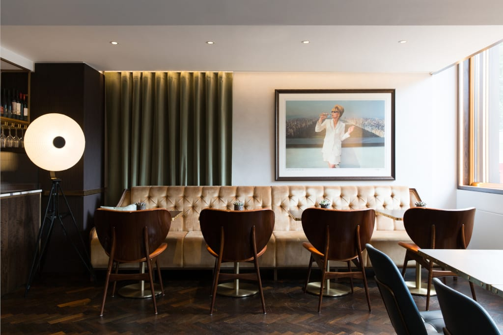 The bar at the Athenaeum Hotel London