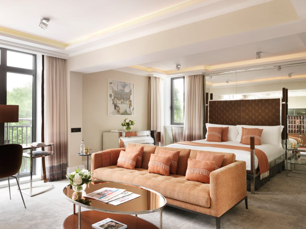 A glorious suite at the Athenaeum Hotel London
