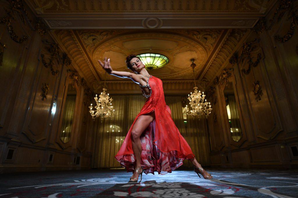 Viktoriya Wilton dancer in the Oak Room, The Dilly.