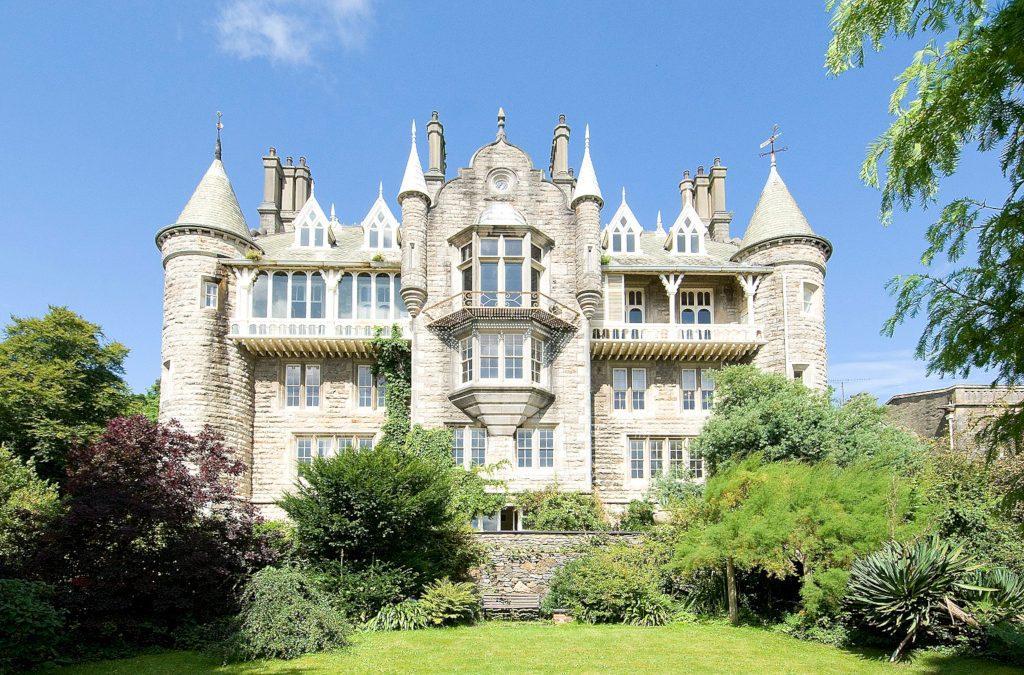 Château Rhianfa : Divine Opulence in Anglesey